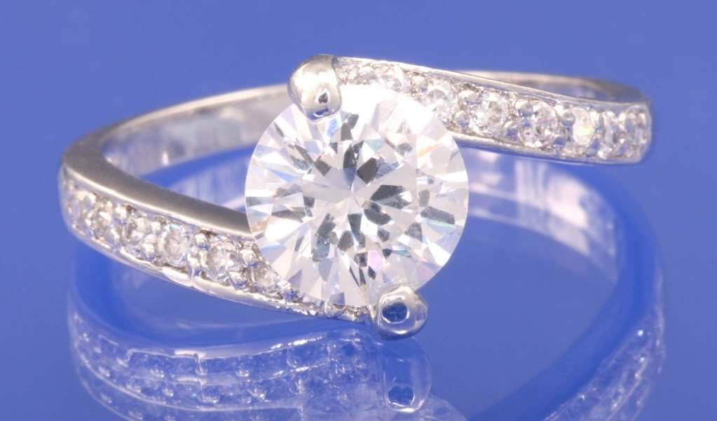 1.4ctw RUSSIAN DIAMOND ENGAGEMENT RING size M