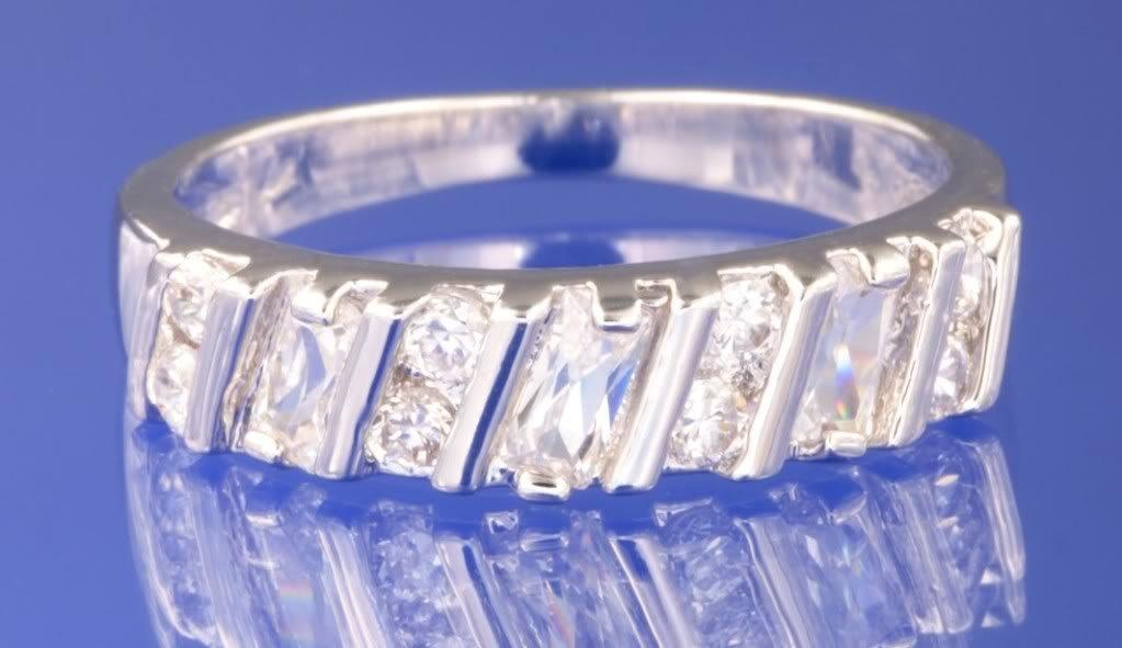 0.56ctw RUSSIAN DIAMOND ENGAGEMENT RING Size K 1/2