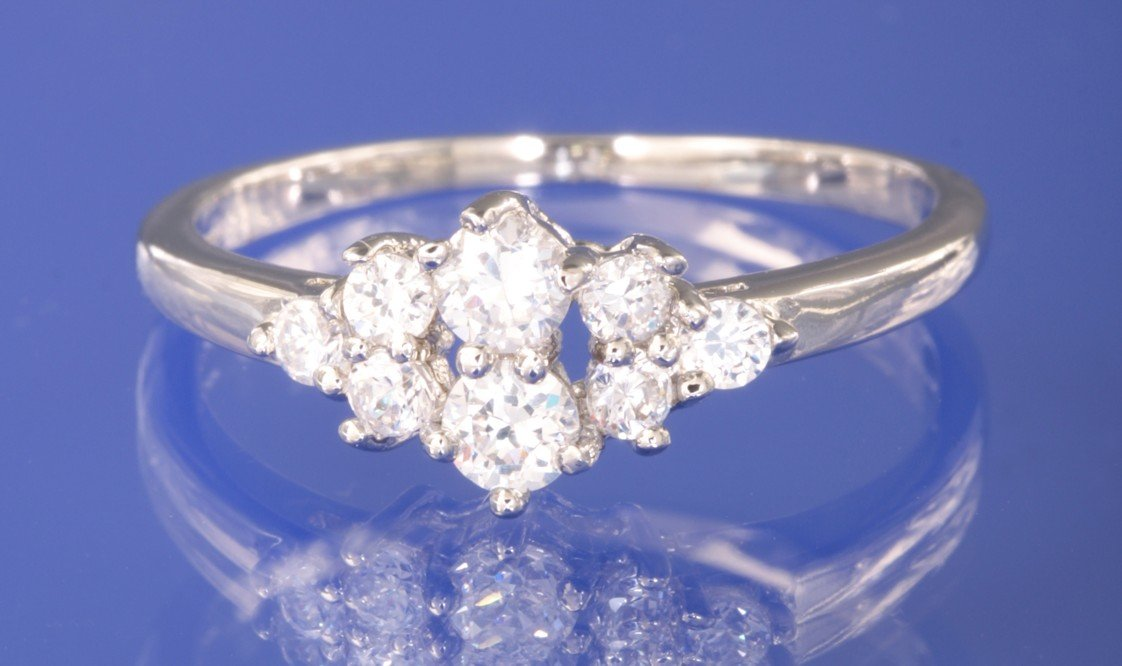 0.38ctw RUSSIAN DIAMOND ENGAGEMENT RING size M