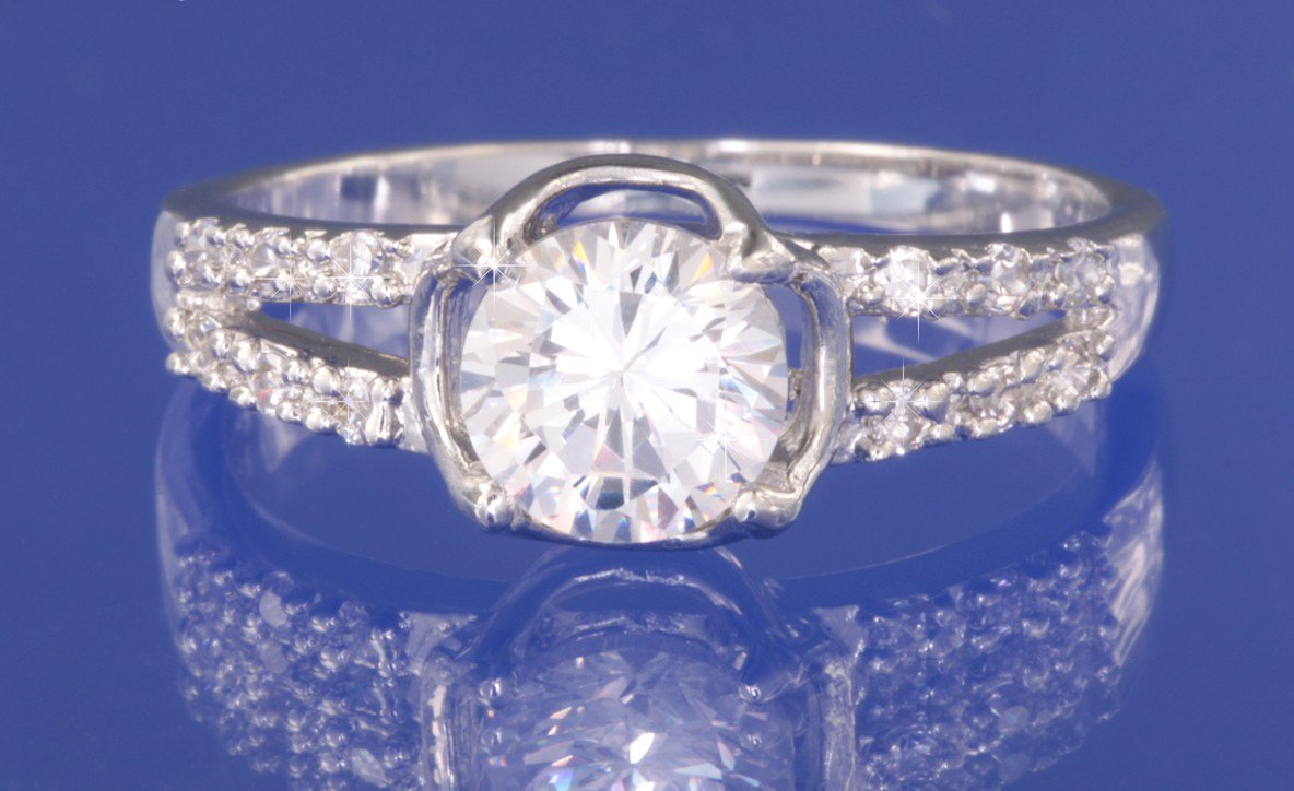 1.0ctw RUSSIAN DIAMOND ENGAGEMENT RING Size M or O