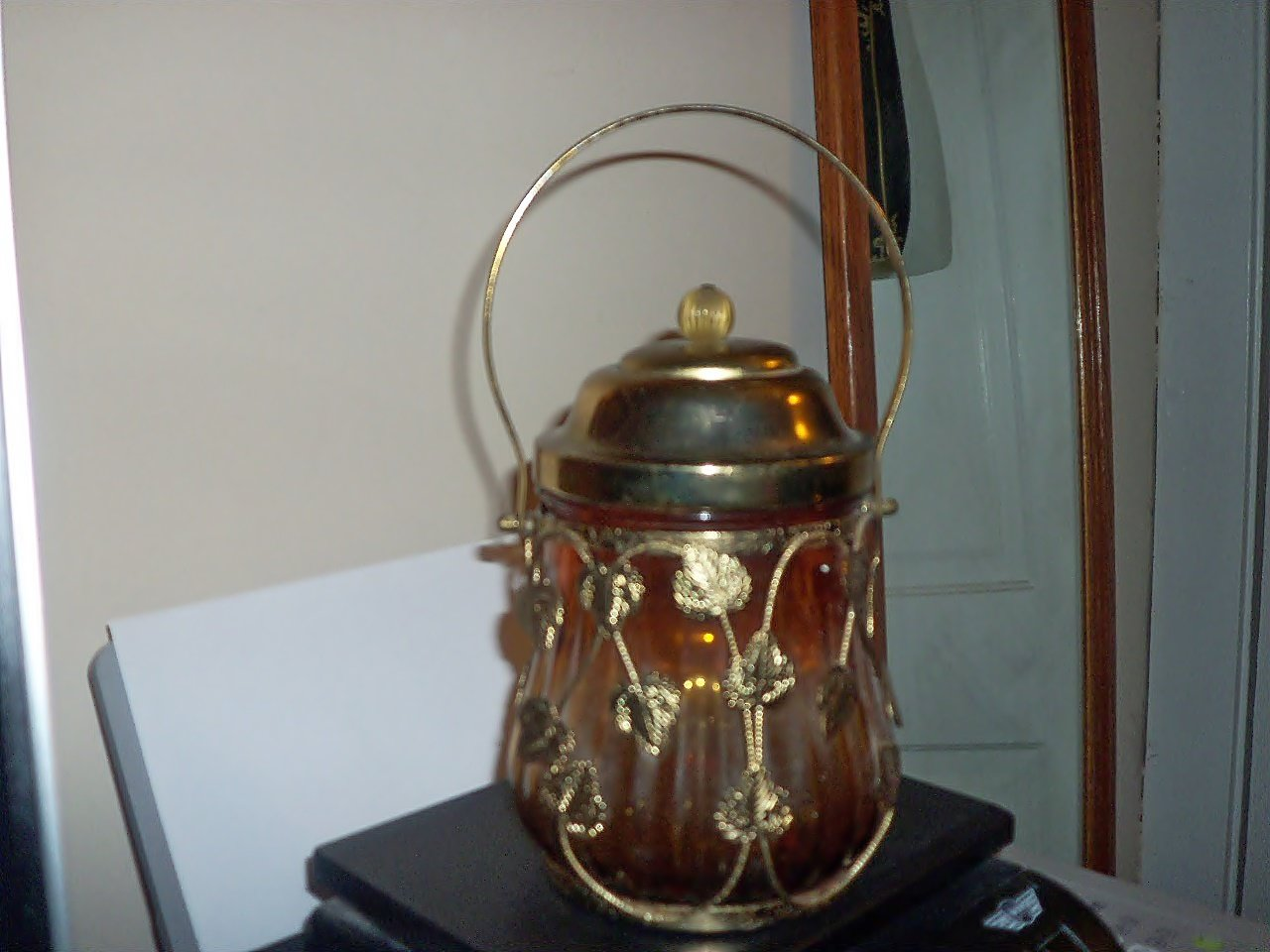 Unique Amber Glass and Brass Jar Music Box Lid Plays Love Story #400006