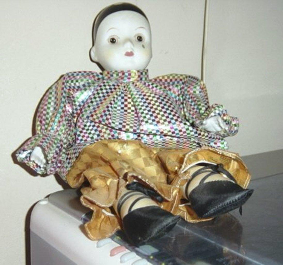 Vintage Clown Musical Music Box Doll Plays Send in the Clowns  #400016