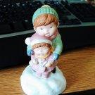 1985 Avon Joy To The World Porcelain Musical Figurine #400143