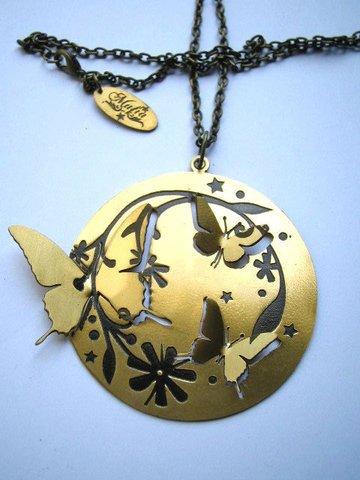 Mafia Jewellery Round Butterfly Pendant
