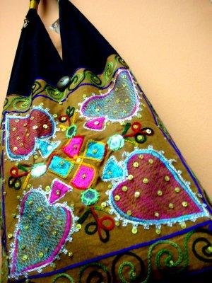 Aces Hippie Sling Bag