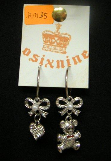 Teddybear & Heart w Ribbons Silver Earrings