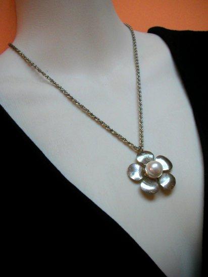 Jasmine Silver w Pearl Necklace