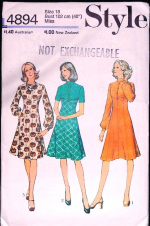 Vintage Style pattern 4894 dresses 1975 bust 40 inches, size 18 Muir-esque