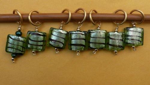 Stitch marker, knitting 6+1  lamp work glass square
