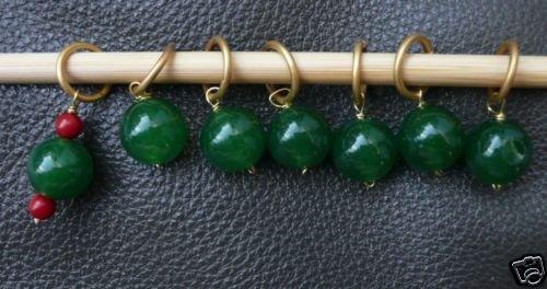 Stitch marker, knitting 6+1 ,  green glass