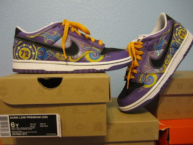 Nike Dunk Low (GS) Womens size 7.5 ~ 6Y