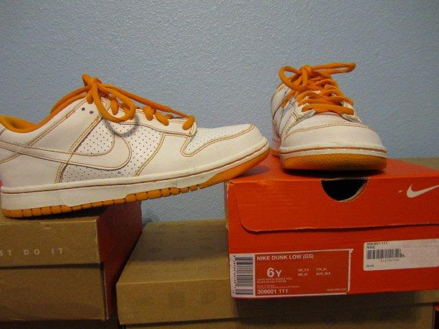 Nike Dunk Low (GS) Women�s size 7.5 ~ 6Y