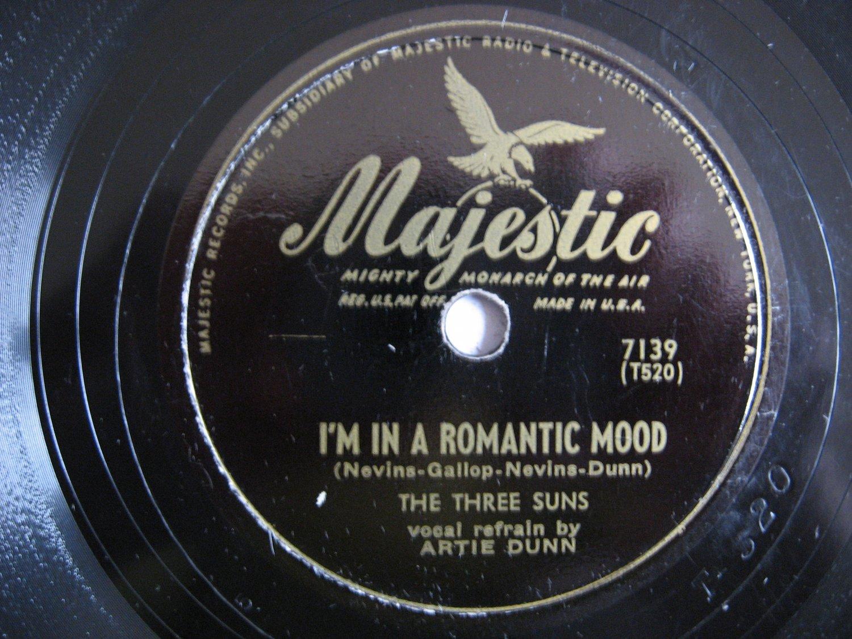 The Three Suns  -  I Hope To Die If I Told A Lie / I'm In A Romantic Mood - Circa 1945