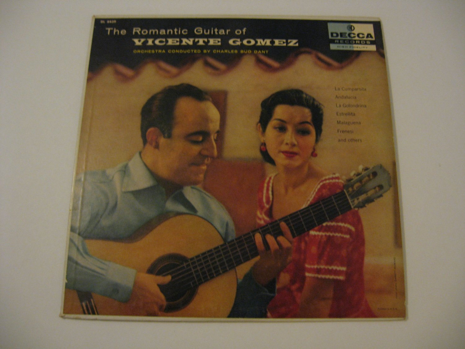 Vicente Gomez  -  The Romantic Guitar Of Vicente Gomez   (Vinyl Records)