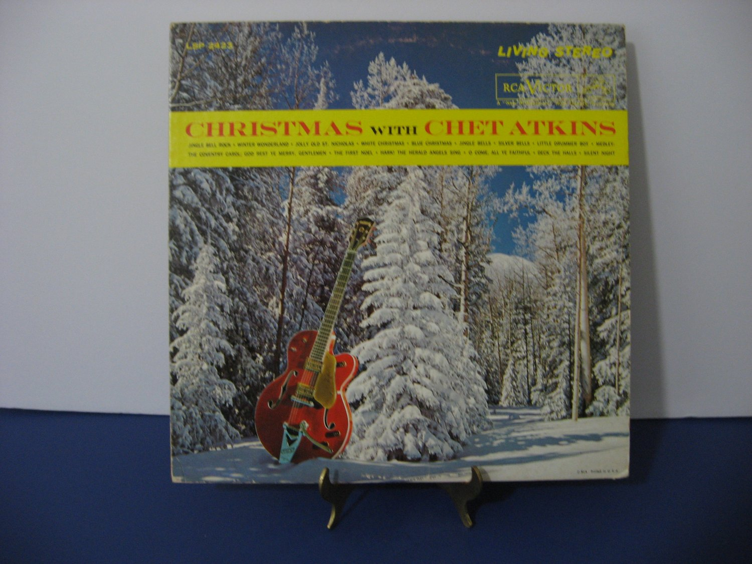 Chet Atkins - Christmas With Chet Atkins - Circa 1961