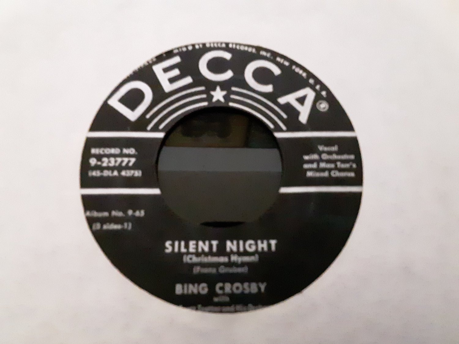 Bing Crosby - Silent Night / Adeste Fideles - 45rpm - Circa 1950