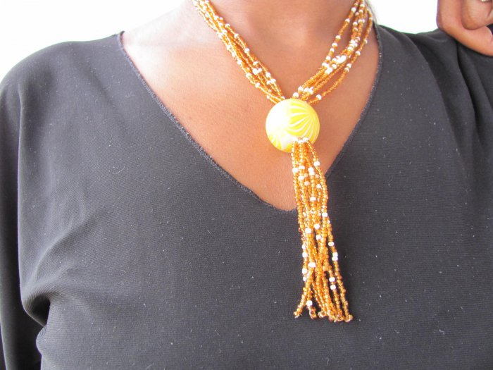 gold yellow multi- string short necklace