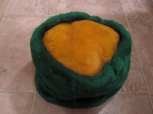 NEW similiar to Green Bay Packers (not official) green & gold colors winter faux fur hat