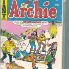 ARCHIE GIANT SERIES MAGAZINE # 182, 4.5 VG +