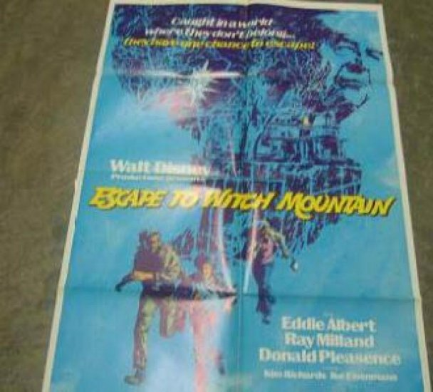 Escape To Witch Mountain # 7535, 7.0 FN/VF
