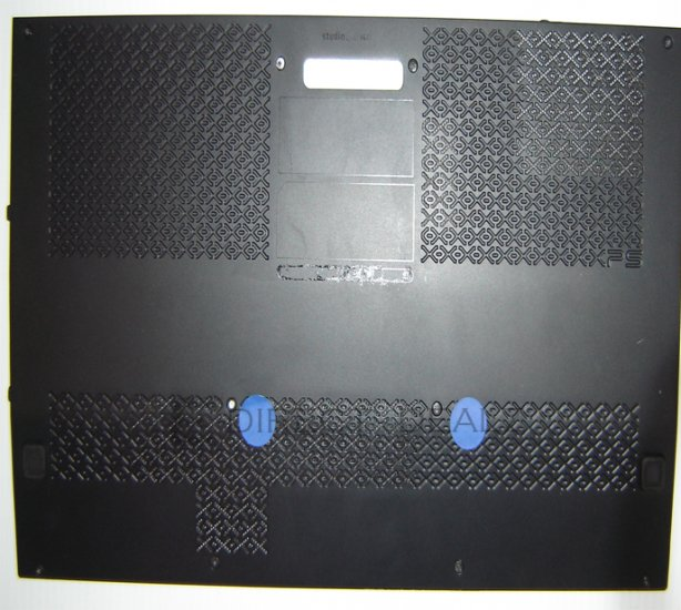 Dell Studio XPS 1640 Bottom Base Door Panel W499D *A* !