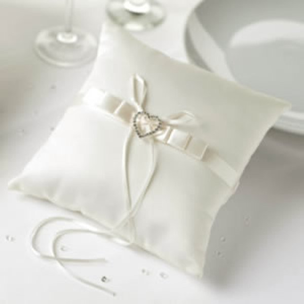 Ring Cushion with Crystal Heart Decoration - Ivory