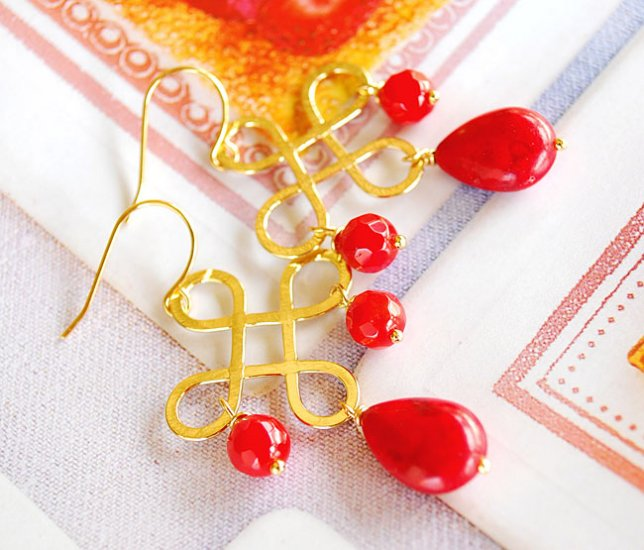 Sexy red coral earring