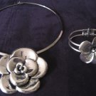 Silver Flower Set Choker