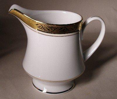 Noritake Creamer Majestic Gold 4290 NEW