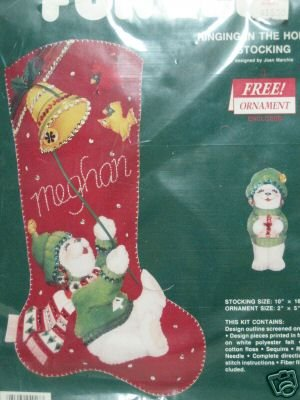 POLAR BEAR FELT CHRISTMAS STOCKING + ORNAMENT KIT NEW