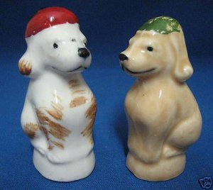 VINTAGE PUPPY DOGS W HATS SALT PEPPER SHAKERS JAPAN WOW