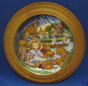 TEDDY BEAR PICNIC COLLECTOR PLATE FRAMED CAROL LAWSON
