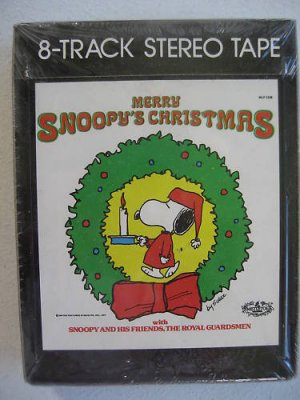 Merry Chirstmas Snoopy Peanuts 8 Track Tape Sealed NOS