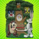LOONEY TUNES SCULPTED PICTURE PHOTO FRAME TAZ BUGS CUTE