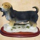 BASSET HOUND DOG SANDCAST FIGURINE STATUE MOUNTED CUTE
