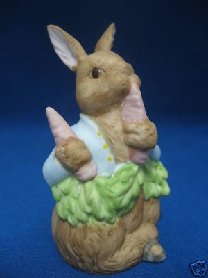 PETER RABBIT BUNNY MUSICAL PORCELAIN BISQUE FIGURINE