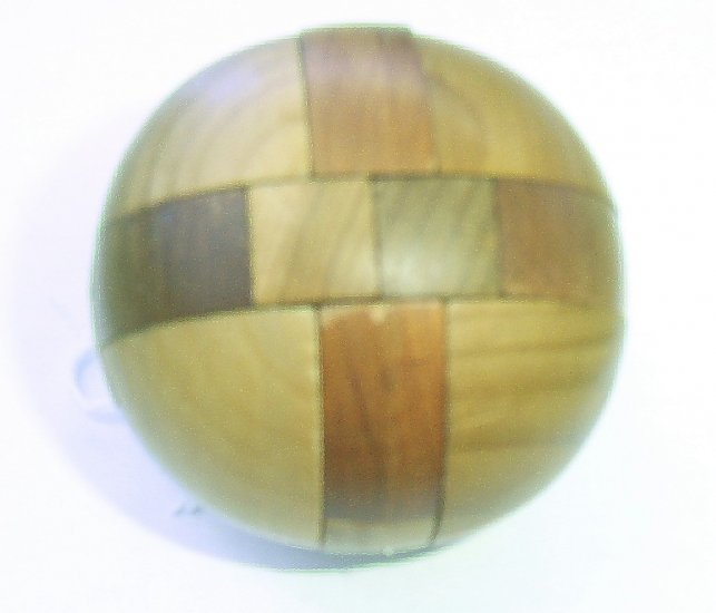 Wooden Ball Brain Teaser - Complete with instructions
