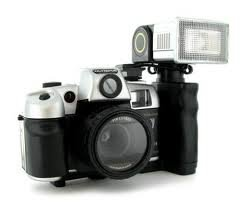 Olympia Pro Deluxe 35mm Camera with Kit - Flash & Carry