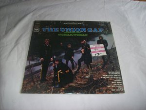 The Union Gap featuring Gary Puckett