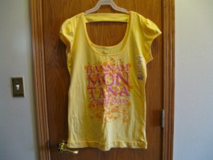 Hannah Montana yellow guitar, hearts, secret star grapic scoop neck back strap tee New with tag