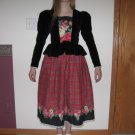 HANDMADE WOMEN'S SIZE 8 BLACK & RED HOLIDAY PRINT CHRISTMAS DRESS VINTAGE, CLASSIC, PARTY, COUNTRY