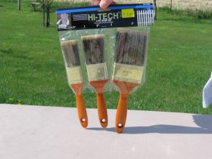 HI-TECH 3 piece paint brush set  NEW IN PACKAGE 1 1/2, 2, & 3 inch width Wood handles