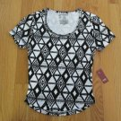 NO BOUNDARIES WOMEN'S JUNIOR'S SIZE L (11/13) T-SHIRT BLACK & WHITE AZTEC CROP TOP NWT
