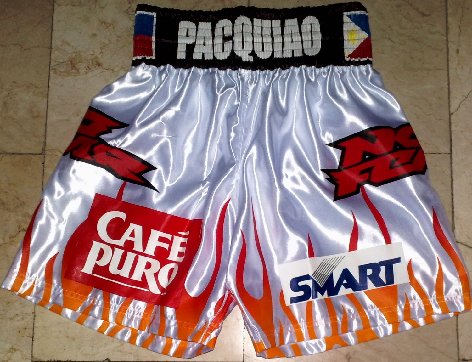 MANNY PACQUIAO Boxing Trunks vs. SOLIS sz XL New