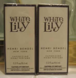 Bath & Body Works HENRI BENDEL WHITE LILY OIL X2