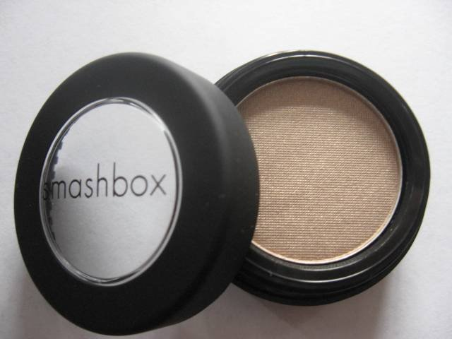 SMASHBOX EYE SHADOW STRIKE Shimmery Nude NEW