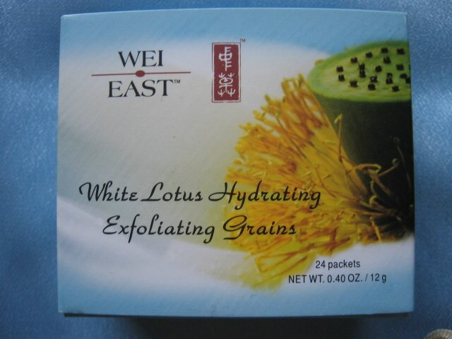 WEI EAST White Lotus HYDRATING EXFOLIATING GRAINS