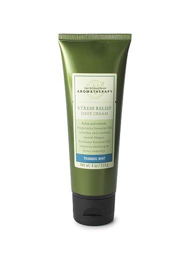 Bath & Body Works Aromatherapy Stress Relief Foot Cream ~ Tranquil Mint ~ 4 oz. (113 g)