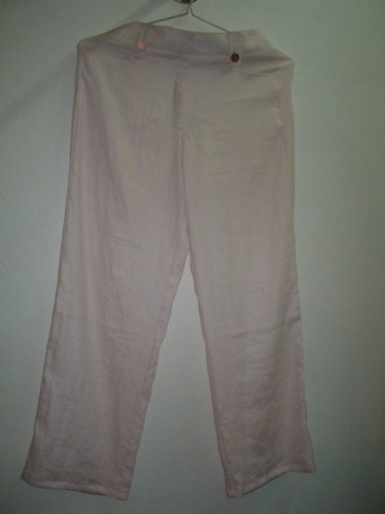 Linen pants in light pink