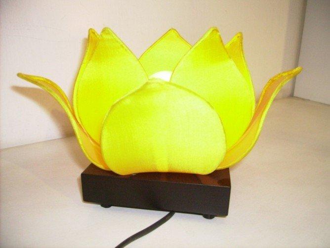 Silk lotus lamp